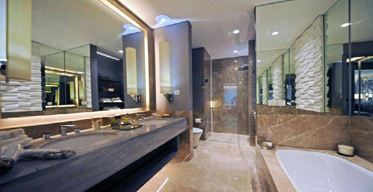 3BR-A View Bathroom
